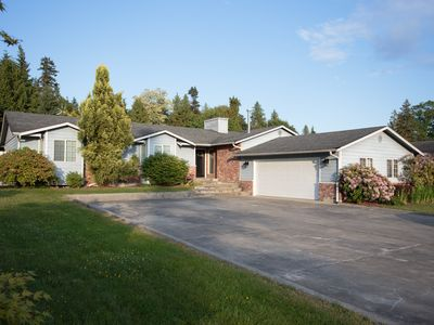 Photo for Home in Lake Stevens, minutes walk to the Lake and Park