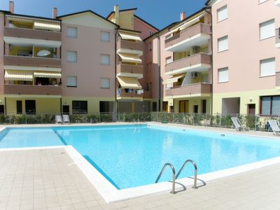 Photo for Apartment Acquamarina (ROM240) in Rosolina Mare - 6 persons, 2 bedrooms