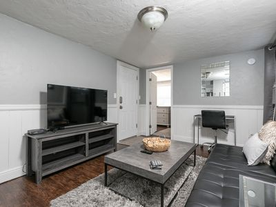 Photo for Contemporary, Chic Apartment - Close to Downtown!