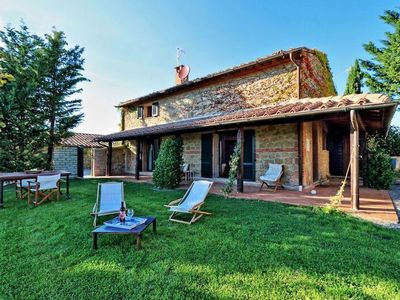 Photo for holiday vacation villa rental italy, tuscany, pienza, near florence, jacuzzi, sauna, wi-fi internet, short term long ter