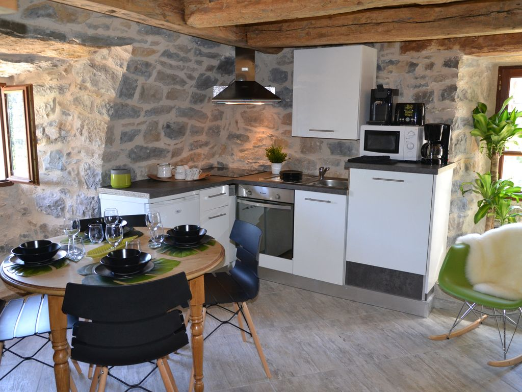 2-star holiday accommodation in the Gorges du Tarn ... - 1530405
