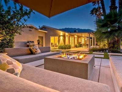 Photo for Full Remodel 3 Bedroom Home Featured on HGTV and PS Modernism Week.