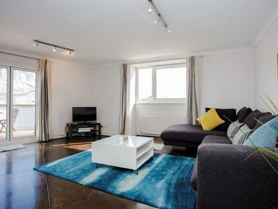 Photo for Bright, Modern 2 Bed in Maida Vale