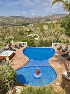 Photo for Exceptional Villa With Infinity Pool & Hot Tub Spectacular Views, Close To Nerja