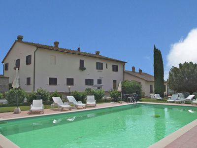 Photo for Authentic farmhouse in the Val D'Orcia with pool and stunning views