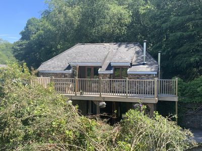 Photo for Gamekeepers Lodge, S.Devon - A charming private hideaway in a magical location