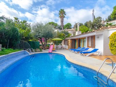 Photo for Club Villamar - Villa Perica is located in the neighbourhood of Santa Maria de Llorell and looks ...