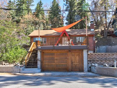 Photo for Mountainview cabin with spacious upper deck & wood stove, close to ski slopes