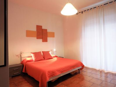 Photo for Beautiful Room with Private Bathroom and TV (A)