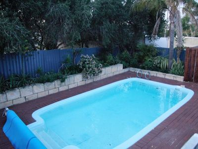 Photo for Lemon Tree Cottage - beautiful holiday home with pool near Hillary's, Perth