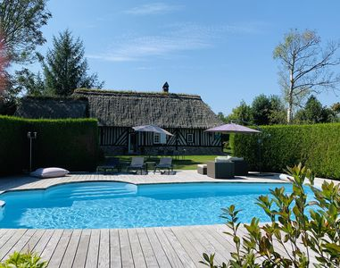 Photo for Norman thatched cottage and its guest house, for 6/7 people with heated swimming pool