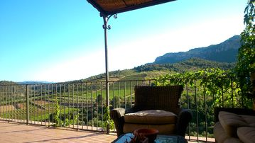 "PRIORAT ""Relax Climbing Hiking"""