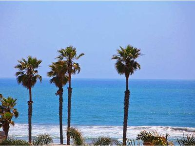 Photo for April/May$139nt+Tx/feesOCEANVIEW renovated end/corner unitBBQ/wifi/boogie boards