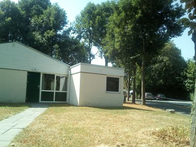 Photo for Quiet holiday bungalow in the green