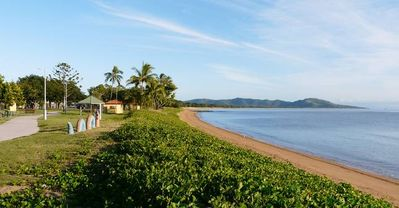 Photo for 1BR Apartment Vacation Rental in Townsville, QLD