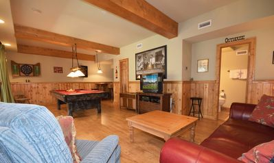 Photo for Sugar Pine Chalet: Game Room! Wi-Fi! BBQ! Pool Table! Master Suite! Large Deck! Hot Tub!