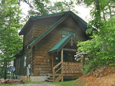 Photo for Beautiful cabin with a Pool Table, Hot Tub, Fireplace and  Pet - Friendly!
