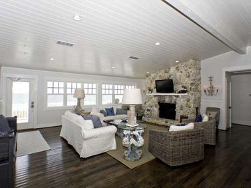 Oceanfront home, close to St. Augustine and Jacksonville.Family and pet friendly