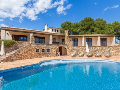 Photo for Villa located in the area of Les Basetes (Calpe),