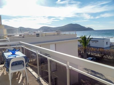 Photo for Apartment La Mer in Saint Cyr sur mer Les Lecques - 7 persons, 3 bedrooms