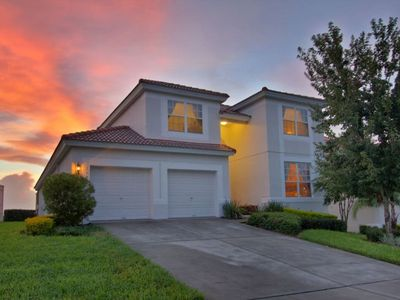Photo for Home Sweet Home..Away From Home! Luxurious Windsor Hills Villa