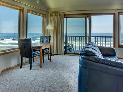 Photo for Beachfront - Unobstructed Views Of The Sunset Over The Pacific Ocean!