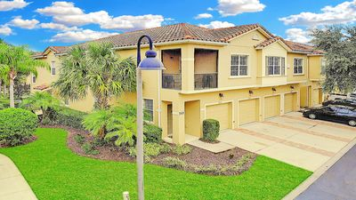 Photo for Villa Camelia, Only 2 miles to Disney World! Really Only 2 Miles!!