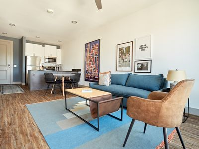 Photo for Sonder | East 5th | Bright 1BR + Pool