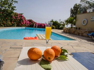 Great WINTER OFFER for the POOL HEATING of ZEUS SUBLIME great villa in Coral Bay