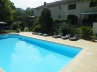 Spacious and well-equipped, with the added bonus of a pool and lovely garden