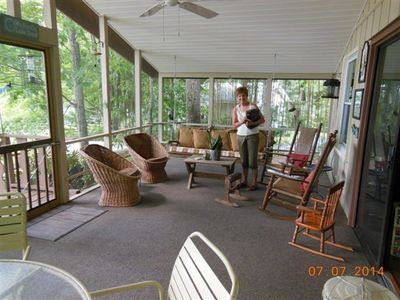 Photo for Lakefront cabin- Sleeps 7