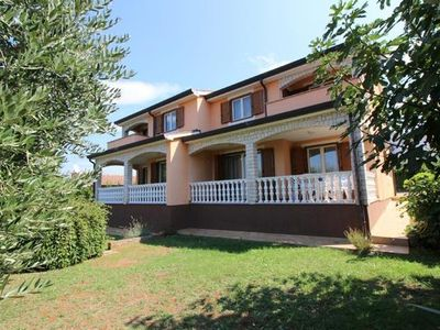Photo for Holiday apartment Poreč for 6 - 8 persons with 3 bedrooms - Holiday apartment