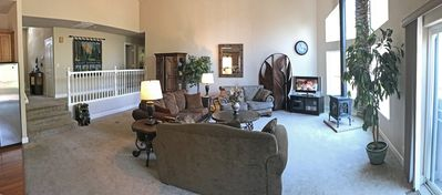 Great room with 3 comfy couches!