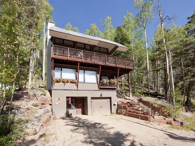 Sensational Ski Chalet with Panoramic Mountain Views and Fire Pit