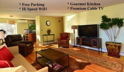 Sunny And Bright Luxury 2 Bedroom Condo. Large Open Floor Plan. Free Parking.