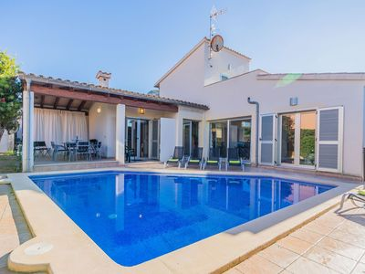 Photo for This 4-bedroom villa for up to 8 guests is located in Alcudia and has a private swimming pool, air-c