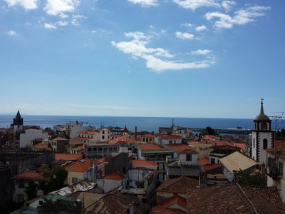 Photo for Recently refurbished sea view apartment in the center of Funchal - free parking