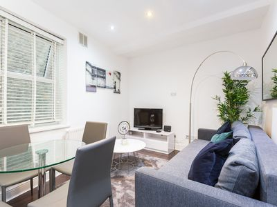 Photo for Luxury THREE Bedroom Apartment In Shoreditch