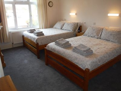 Photo for London Tourist Base, 6 x Double Beds, Near Underground!