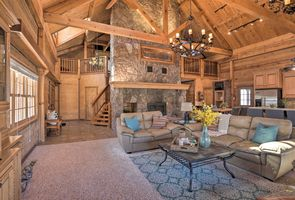 Photo for 3BR House Vacation Rental in Village of Four Seasons, Missouri
