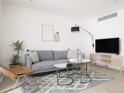 Photo for Distinctive 2BR in West End by Sonder