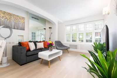 Stylish Notting Hill Apartment, 2Bed 1Bath - Kensington and Chelsea