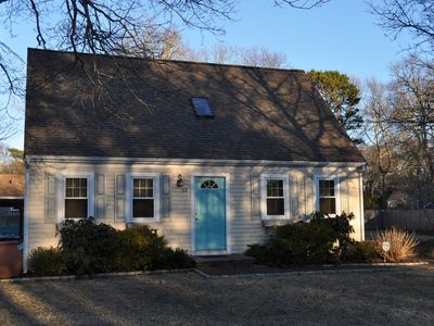 Photo for Cape Cod beach vacation 3BR/2 bath  (sleeps 6 -8) dead-end street WiFi, AC