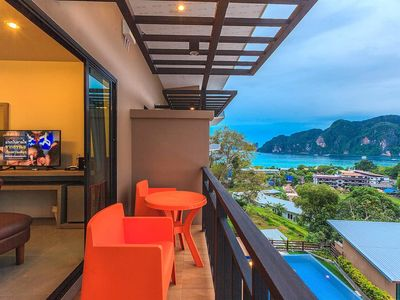 Photo for Luxury Sea view room double bed on Phi Phi