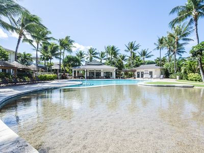 Photo for Well-Appointed 2 Bedroom in Coconut Plantation in the Resort Area of Ko Olina