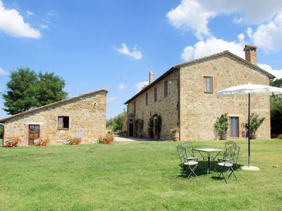 Photo for Vacation home Agriturismo Grappi (PEZ102) in Pienza - 10 persons, 4 bedrooms