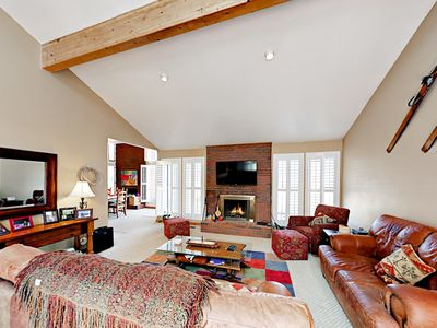 Photo for 4BR w/ Private Hot Tub & Pool Table - Across from Cabriolet Ski Lift