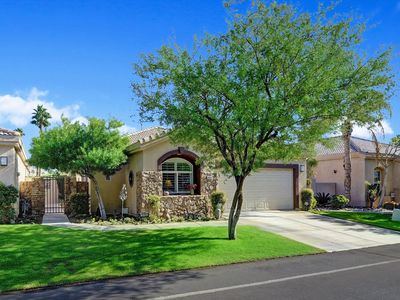 Photo for Desert Princess County Club Home w/HOA Access, Golf course front, great for summer BBQ getaway