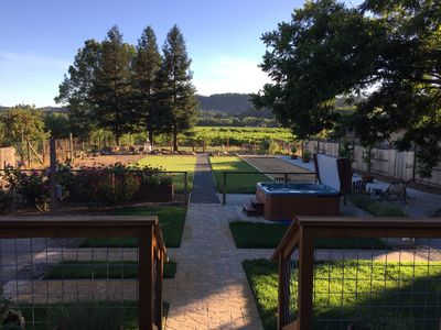Photo for Prime Dry Creek Location, Hot Tub, Bocce, Vineyard Views, 5 Minutes To Downtown