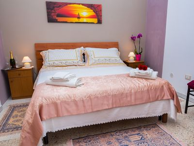 Photo for Nice inviting house in Ortigia, very close to the local market.